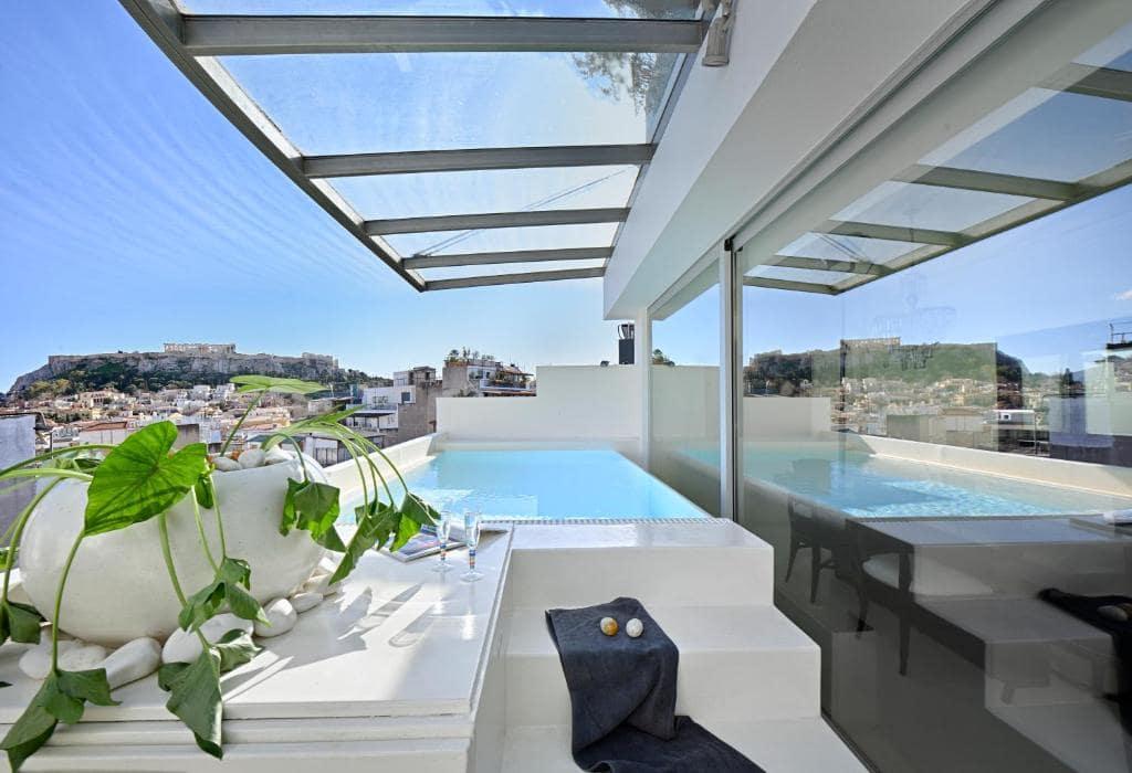 The Alto Psyrri Penthouse by K&K booking-min
