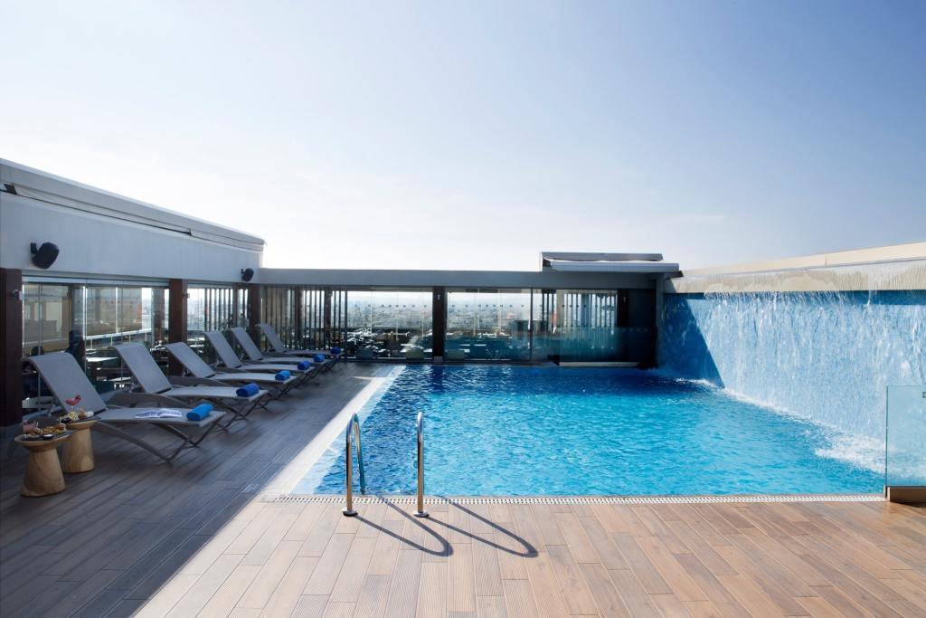 Wyndham Grand Athens Pool-min