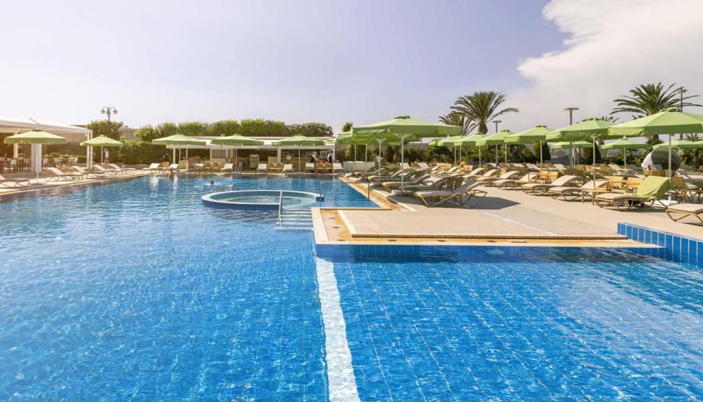divani-apollon-palace-outer-view-08 pool-min