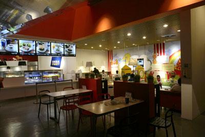 IKEA Småland兒童樂園旁的小食店