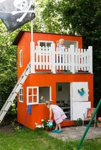 8 New Ideas For Kids Outdoor Playhouses   Kidsomania