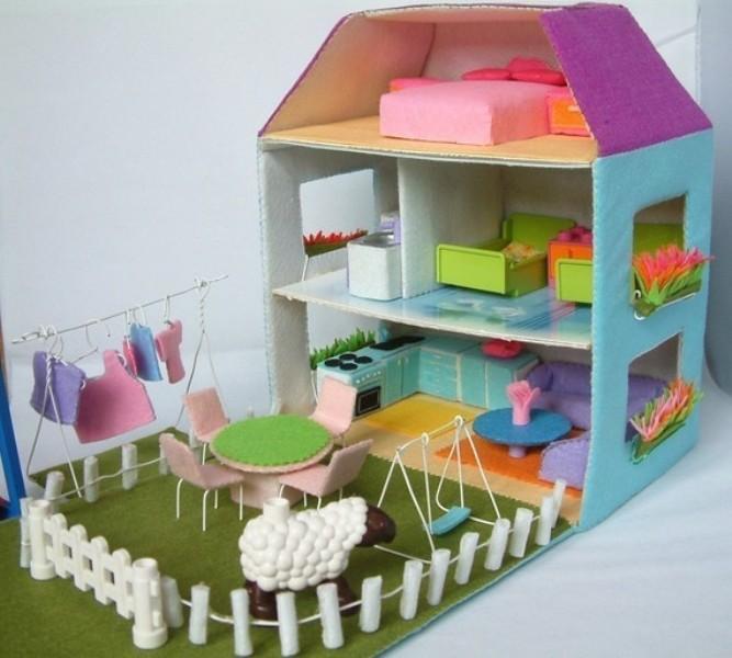 Amazing Felt Doll House Patterns For Kid's Interesting Craft