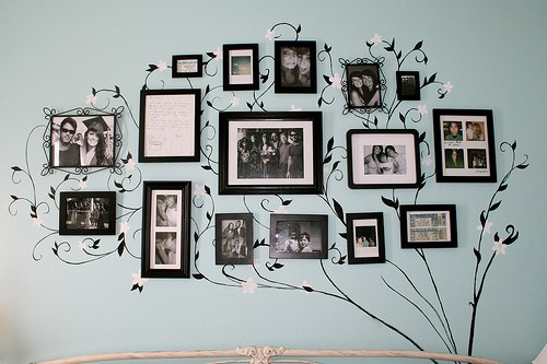 Family Tree Wall Decoration Idea With Painted And Branches To The Using Simple