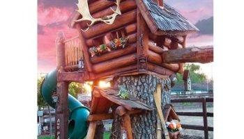 The Log Cabin Tree Lodge