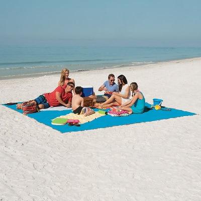 The Only Six-Person Sandless Beach Mat