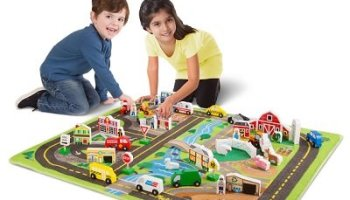 The Bustling Town Peaceful Countryside Play Set