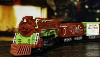 Classic-Lionel-Train