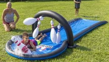 Water-Slide-Bowling-Game