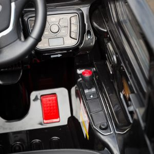 Jeep-Black-Ride-on-Car-Controls