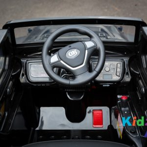Jeep-Black-Ride-on-Car-Dashboard