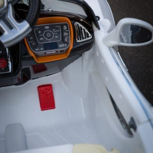 Turbo-Racer-White-Ride-on-Car-Controls