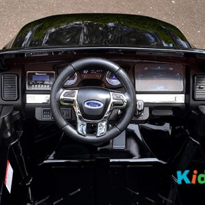 36 KA424 - 2017 Black Ford - Dashboard Overview