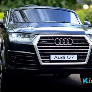 Audi-Q7-Black-Ride-on-Car-Front