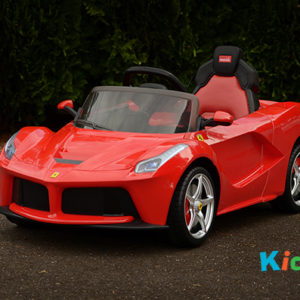 Licensed Le Ferrari (Red) - Product Shot