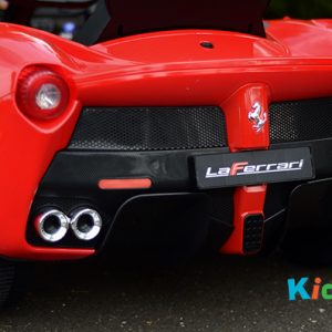 Licensed Le Ferrari (Red) - Back and Exhaust