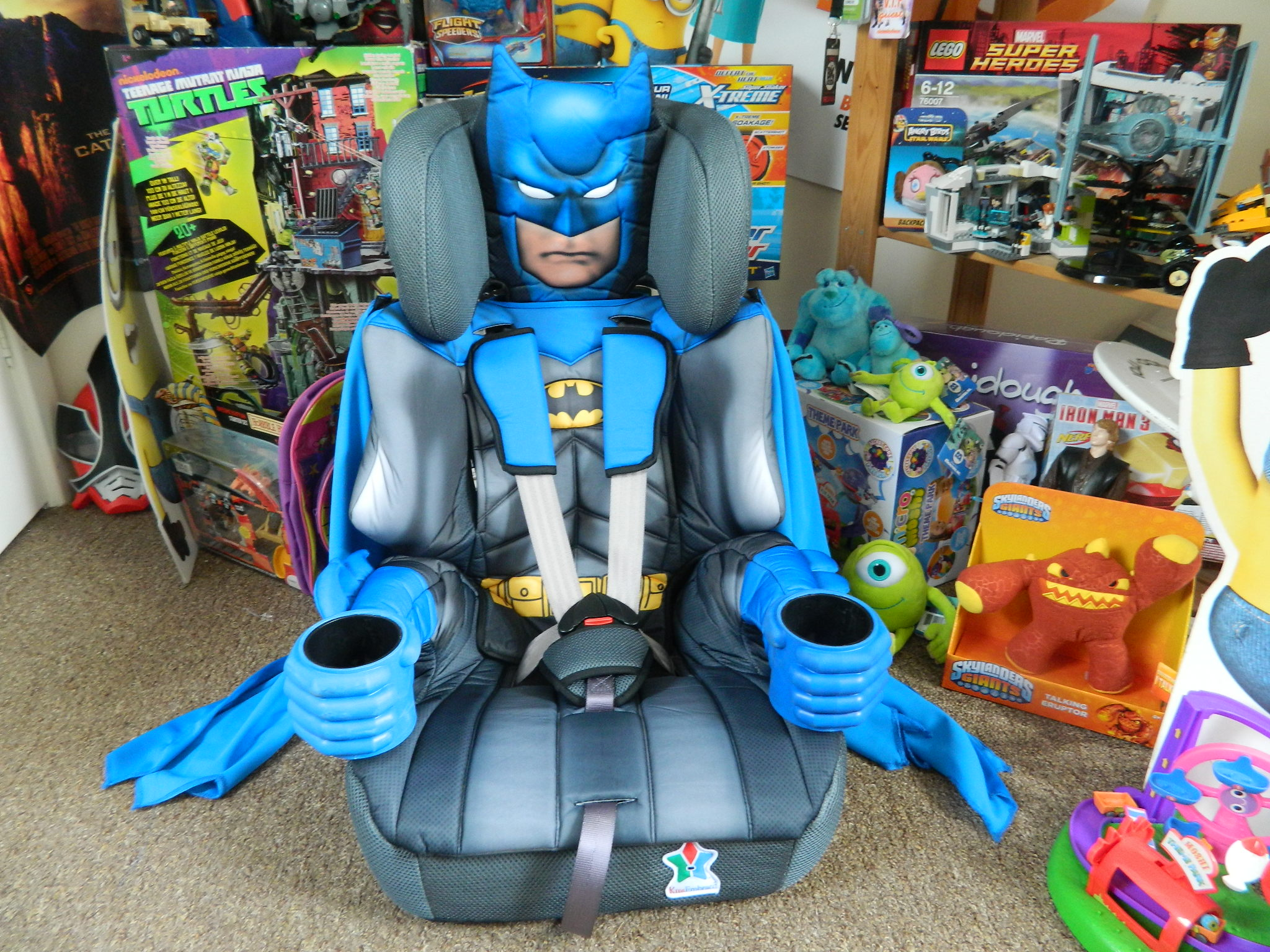 batman car chair reclining accent 123 seat even comes with a removable cape