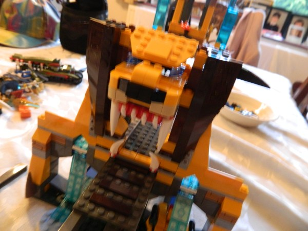 Lego Legends Of Chima Lion Chi Temple