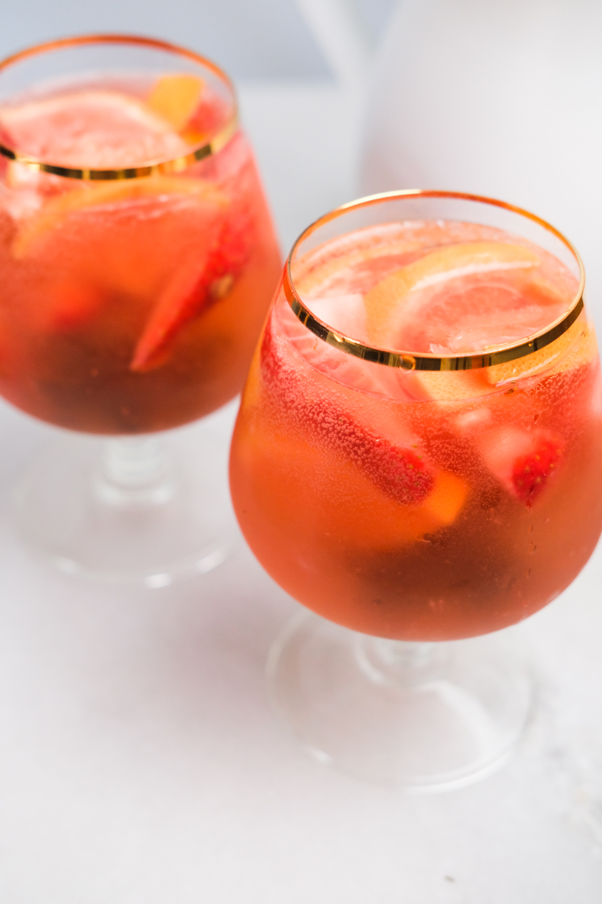 cups of rose sangria