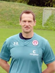 Portraitfoto von Mathias Hain, Torwart-Trainer beim FC St. Pauili