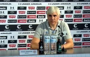 FC St. Pauli Sportchef Andreas Bornemann bei der Einstands-Pressekonferenz für Timo Schultz (Videocapture fcstpauli.tv)