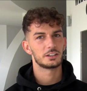 Portraitfoto Leart Paqarade, Linksverteidiger beim FC St. Pauli (Videosnapshot fcstpauli.tv)