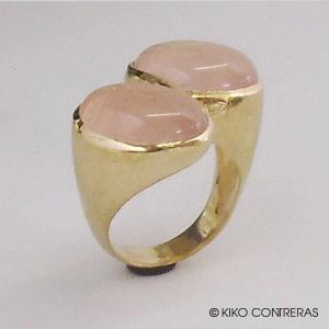 "Sortija ""Infinito"" cuarzo rosa y oro"