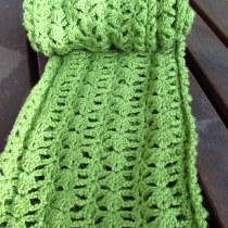 DIY Lacy Green Crochet Infinity Scarf and Free Pattern, Kiku Corner