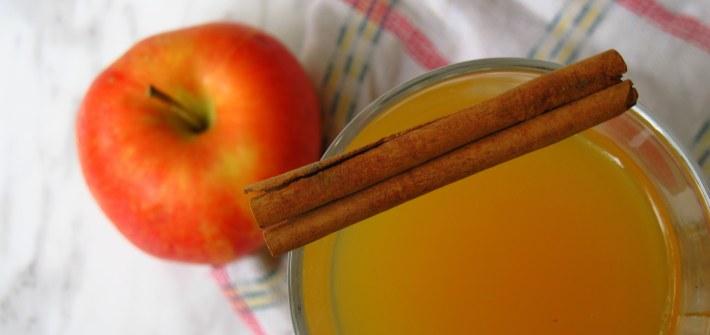 Cinnamon Bourbon Apple Cider, Kiku Corner