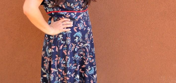 DIY McCall's M7188 Princess Seam Dress with Piping