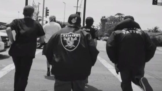 Kalifornia-räppäri Apache Figueroa laittoi ulos uuden musavideon 'Speakin' – mukana B42R!