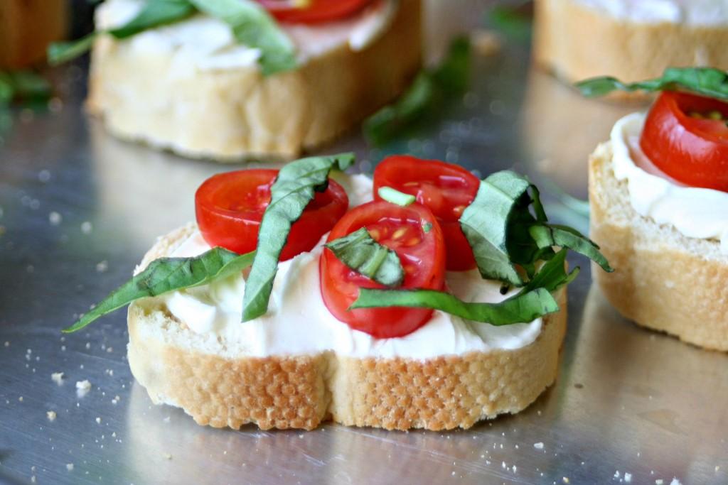Tomato Basil Crostini 2