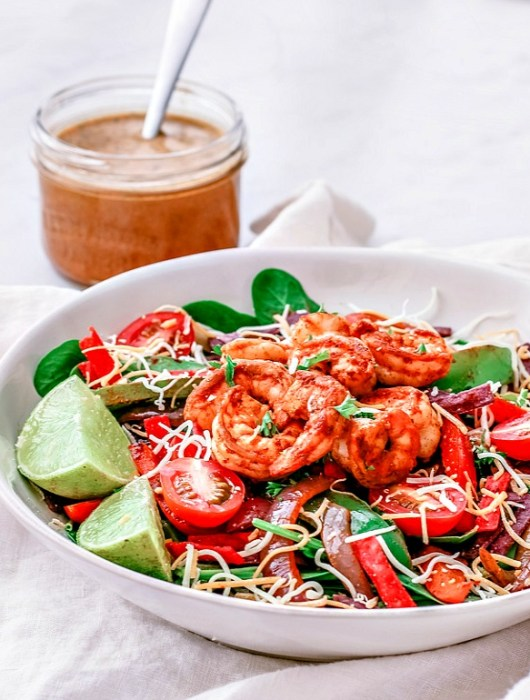 Shrimp Fajita Salad With Chipotle Vinaigrette | Killing Thyme