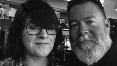 Photo of Hawkins & BBJ Go Black & White In Nashville