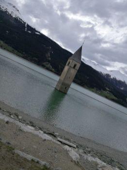 der Kirchturm im Reschensee...