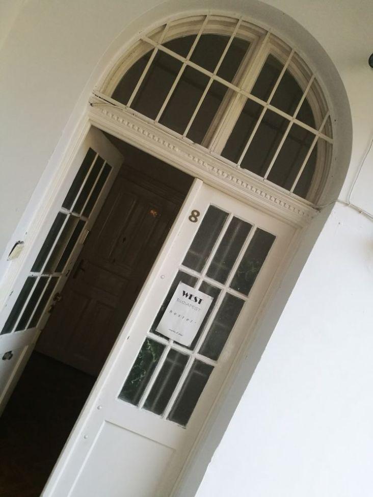 Hostel-Eingang