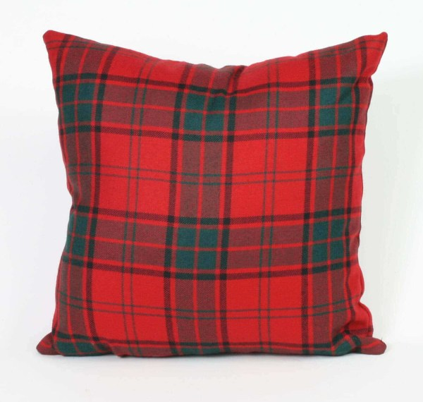 Tartan Throw Pillow (Light Weight List A & B)
