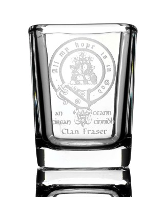 CCT04S-CL-1746 Fraser Clan Crest Shot Glasses