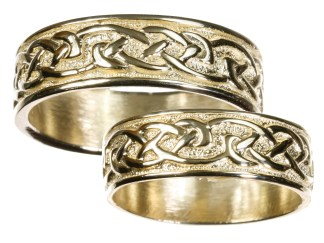 Mens 14K Gold Celtic Wedding Band