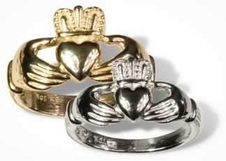 Mens Gold Claddagh Wedding Ring