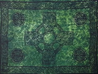 Celtic Sarong Green Celtic Cross