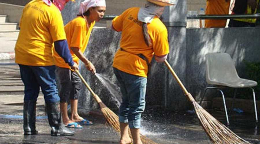 Thai street cleaners.