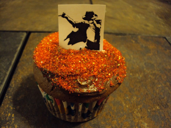 red sprinkles michael jackson cupcake
