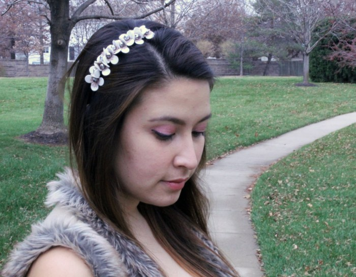 kimberlyloc wear a floral charming charlie headband