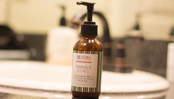 shea terra organics tamanu & licorice clarifying face wash