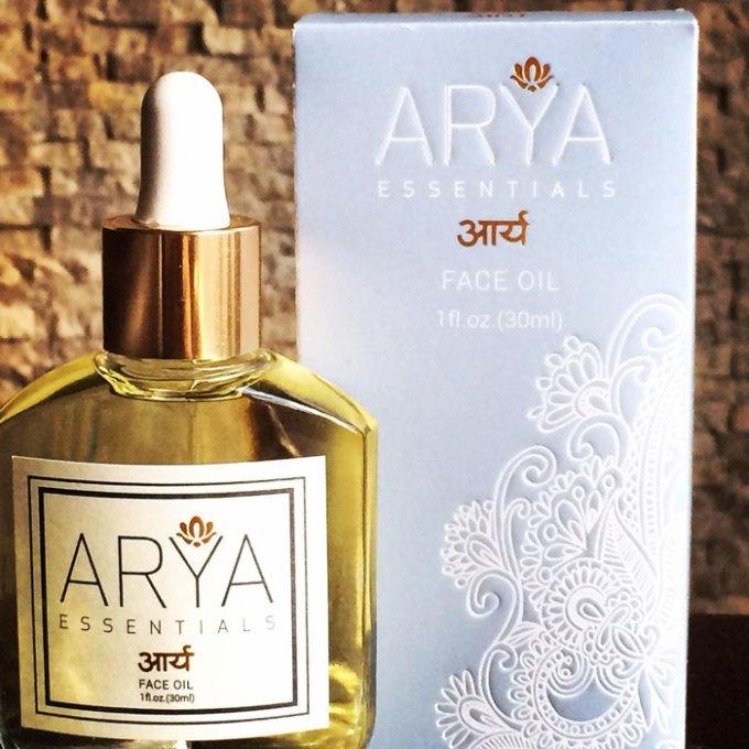 arya essentials face oil