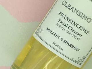 {Mullein & Sparrow sent me its Cleansing Oil to review. it costs $28 for a 2-ounce glass pump bottle. }