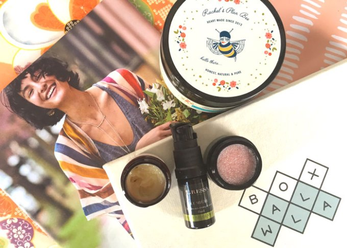 boxwalla wandering woman beauty box