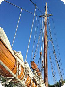 Mast - American Eagle - Ships Passing - kimberlymitchell.us