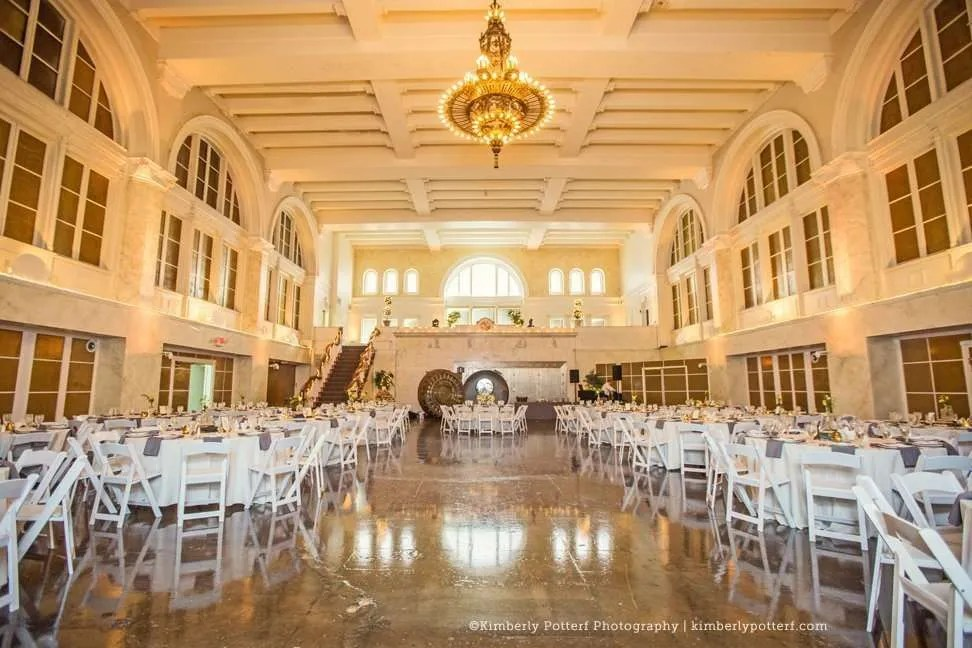 Perfect Spring Wedding  The Vault  Columbus Ohio