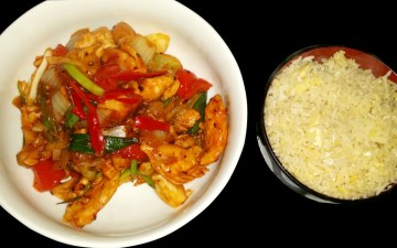 Gluten free Chinese pepper chicken and egg fried rice   gluten free Chinese recipe